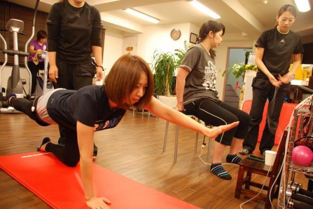シルクサスペンション体験トレーニングレッスン♪やられた事無い方必見!楽しみながらトレーニングして鍛えましょう!