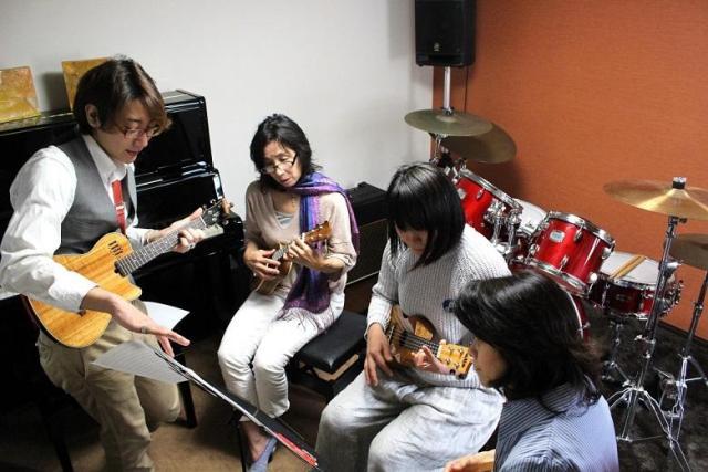音楽楽器マンツーマン体験レッスン60分4,000円☆対象楽器:ベース