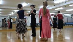 もう一度踊りませんか?体験社交ダンスレッスン
