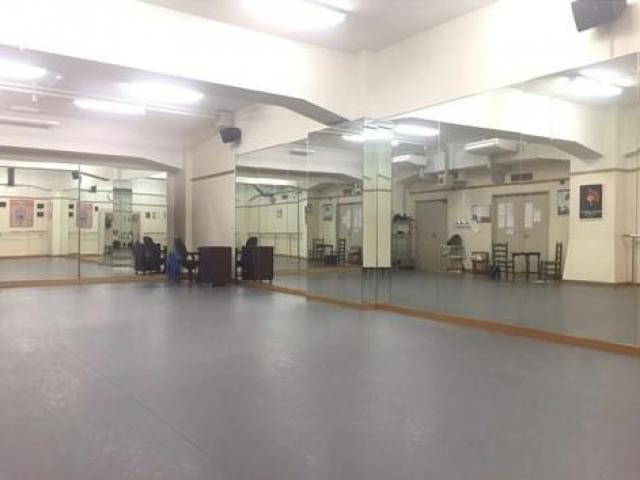 スペイン民族舞踊体験レッスン