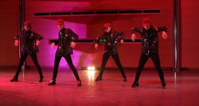 【ダンス無料体験レッスン(小4~大人)】あらゆるジャンルの総合ダンススクールで初心者からプロを目指す方まで幅広く受講出来ます!
