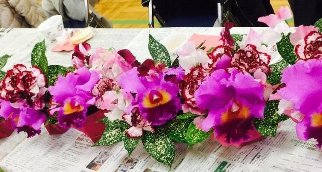 【花に触れる生活を!】アレンジメントフラワー体験レッスン♪マンツーマンから少人数まで